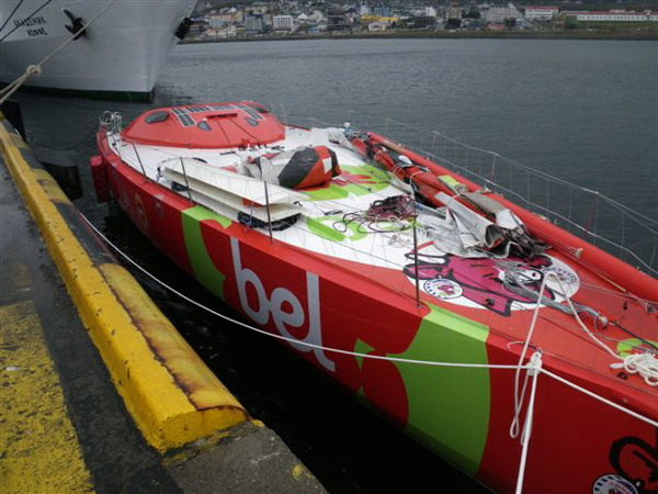 Groupe Bel beim Abriggen in Ushuaia - Photocopyright: BWR