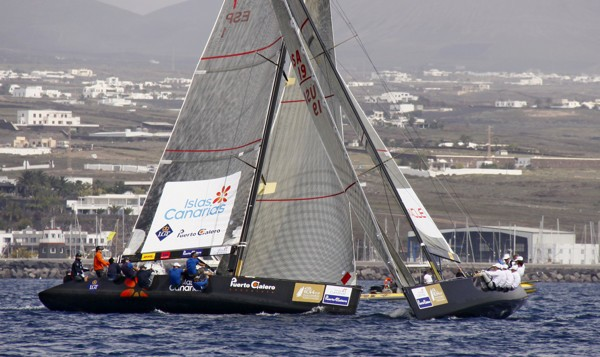 Photo: Copyright Nico Martinez / RC 44 – BMW ORACLE Racing leads the local team Puerto Calero Islas Canarias 1