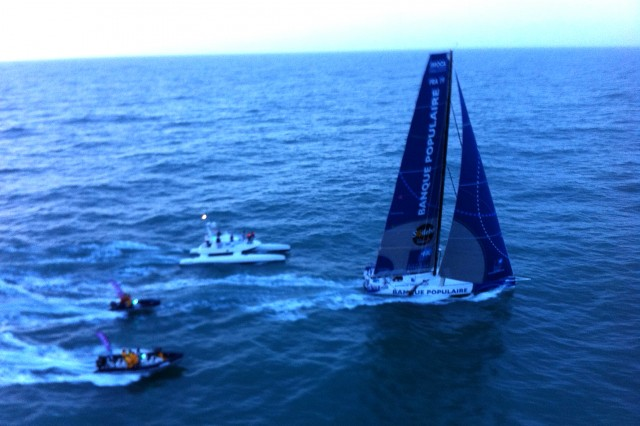 PHOTO OLIVIER BLANCHET / DPPI - VENDEE GLOBE FINISH FOR ARMEL LE CLEAC'H (FRA) / BANQUE POPULAIRE