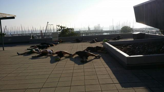 ORCi Worlds Kiel - Jeder bekämpft den Stress anders: Schlafender Yoga Hund - Photo © Patrese