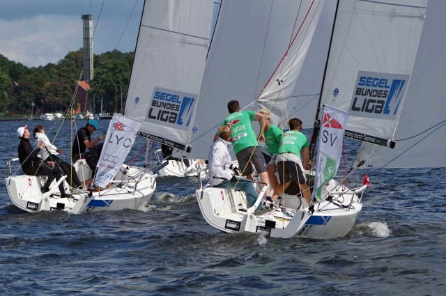 Segel Bundesliga 2014 - VSaW Berlin - Downwind zum Gate 2 - Photo © SailingAnarchy.de