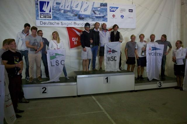 Die Sieger aus Glücksburg: Blankeneser Segel-Club (Hamburg), Lindauer Segler-Club (Bayern) und Yachtclub Strelasund (Mecklenburg-Vorpommern) © DSBL