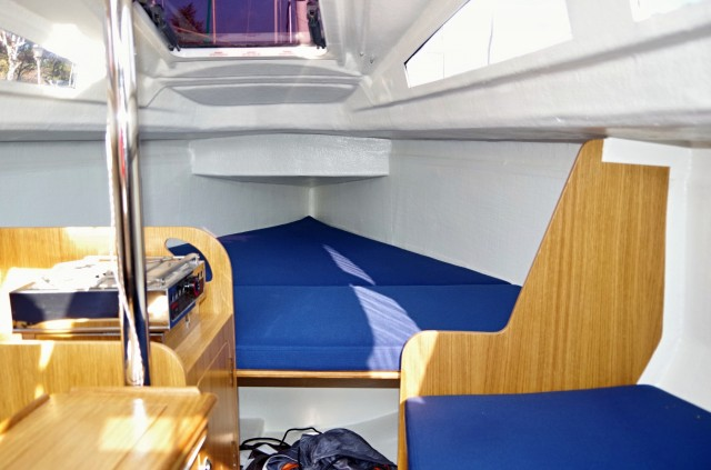 SiX-for-Four - Segeltest SailingAnarchy.de - Oktober 2014 - Unter Deck- Photo © SailingAnarchy.de