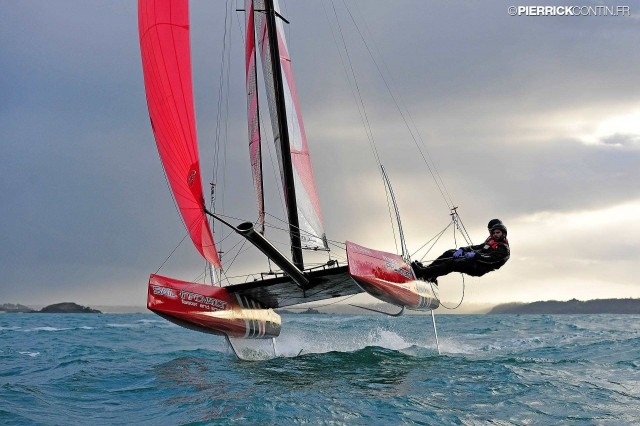 Flying Phantom - Photo © Pierrick Contin / phantom-international.com