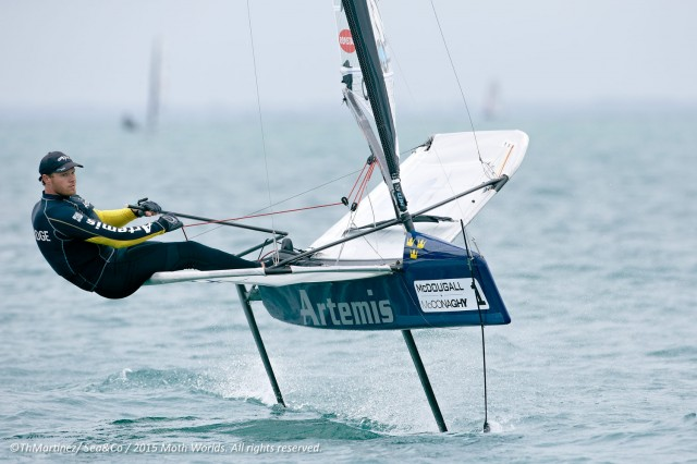 Amtierender Weltmeister der Int Moth Klasse: Nathan Outteridge - Photo © Thierry Martinez / Sea & Co 2015