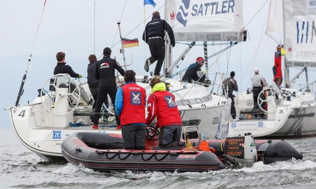Matchrace Germany 2015 - Umpires dicht am Geschehen auf dem Wasser - Photo: Copyright Nico Martinez/MRG