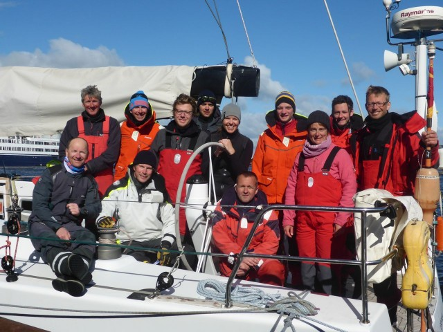 Bank von Bremen - Siegercrew beim Helgoland - Edinburgh Race 2015 - Photo © SKWB