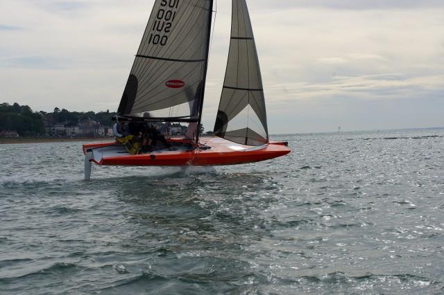 Q23 Mono Foiler im Flug vor der Isle of Wright - Photo © Quantboats 2015