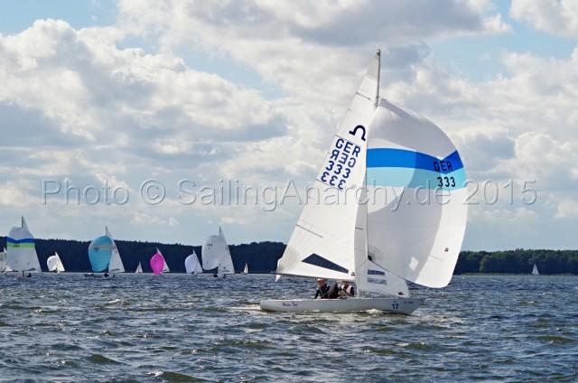 Europameisterschaft 2015 Soling - GER 333 - Schümann, Flach, Jäkel kurz vor der Zielinie - Finaltag - WF 9 - Photo © SailingAnarchy.de 2015