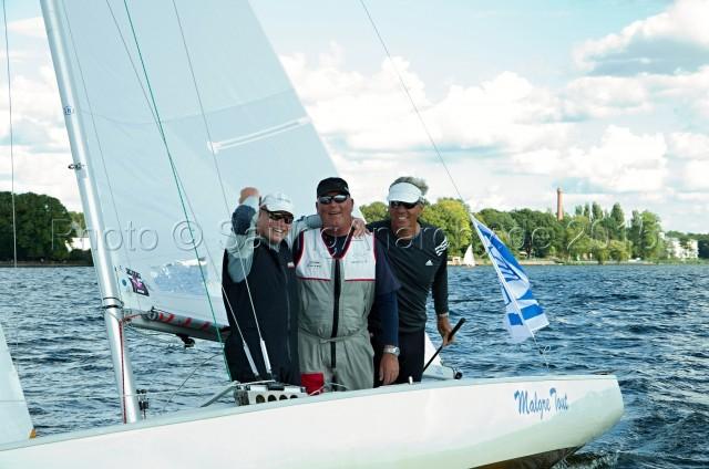 Europameister 2015 Soling: Jäkel, Flach, Schümann - Goldcrew holt den Titel auf dem Heimatrevier Müggelsee - Finaltag - WF 9 - Photo © SailingAnarchy.de 2015