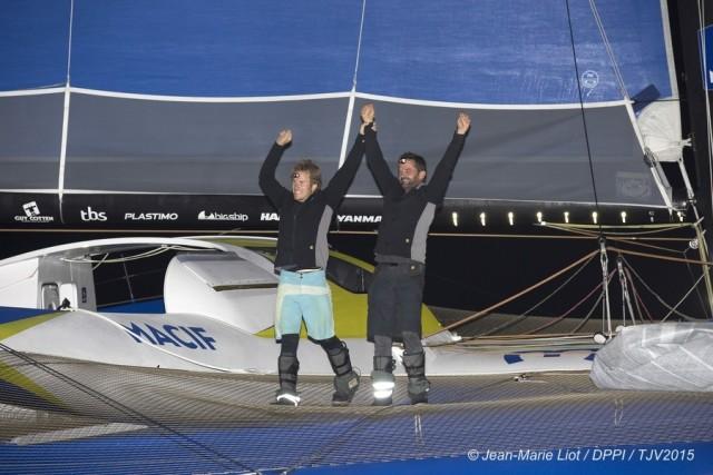 François Gabart und Pascal Bidégorry - Sieger in der Class Ultime beim TJV mit dem Maxi Tri MACIF - Photo © Jean-Marie Liot / DPPIU / TJV 2015