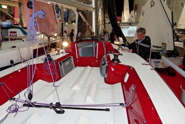 FarEast 23R, Cockpit, boot, düsseldorf, Photo © SailingAnarchy.de, 2016