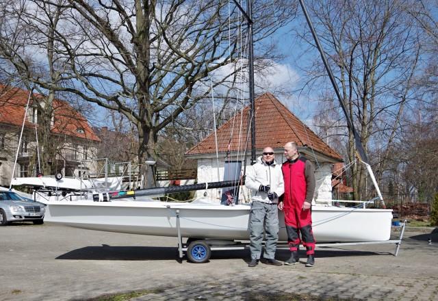 VX One - Segeltest Berlin 2016 - Stolzer Eigner mit Vertriebschef Deutschland - Photo © SailingAnarchy.de