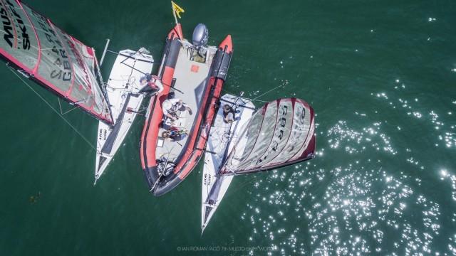 ACO Musto Skiff WM - 6facher Weltmeister Richard Stenhouse zwischen den Wettfahrten - Photo © Ian Roman Photography