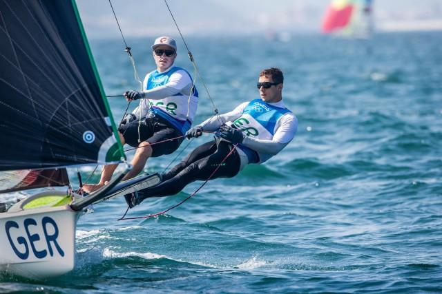 Olympische Spiel Rio 2016 - Erik Heil und Thomas Plößel im 49er auf Medaillenkurs - Photo © Sailing Energy