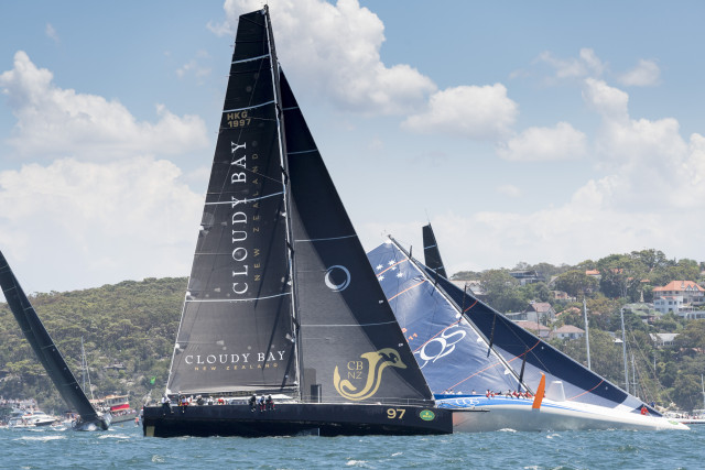BEAU GESTE, HKG1997, 97, Owner: Karl Kwok, State / Nation: N.Z, Design: Botin 80 and CQS from New Zealand in trouble with her canting keel on the wrong side - Photo © Rolex/Kurt Arrigo