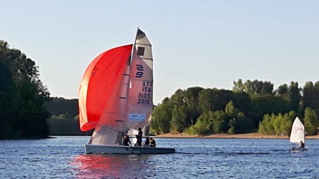 Streamline - Sportboot mit Doppeltrapez und Spinnaker - Photo © Eigener