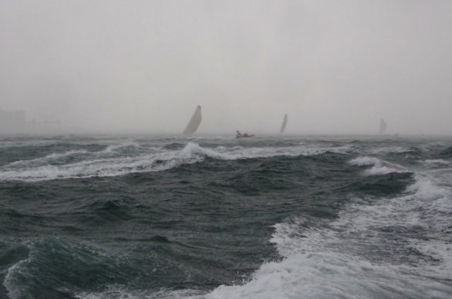 VOR Lissabon -Inport Race - Downwind Ziel - Photo © SailingAnarchy.de