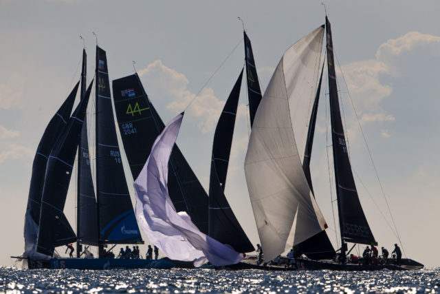 44Cup Marstrand World Championship 2019 - Enge Manöver an der Tonne dank OneDesign - Photo © Martinez Studio / 44CUP