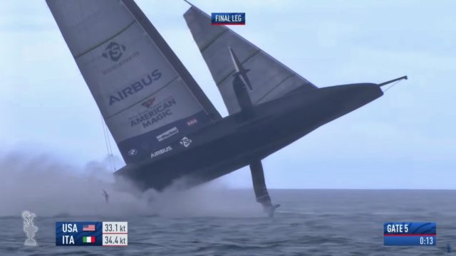 PRADA Cup Tag 3 - Patriot hebt ab - Screamshot © Americascup.com